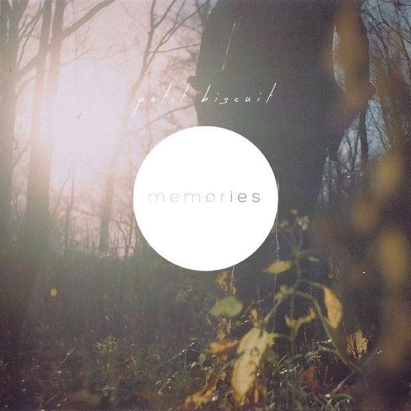 PETIT BISCUIT - Memories